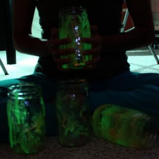 Craftbuster: Pinterest DIY Glo Jars