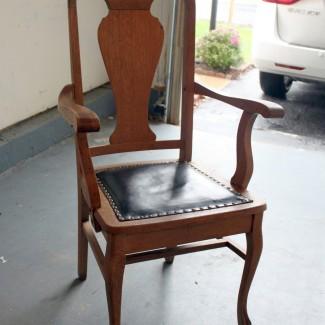 Thrift Store Makeover: Lavendar Chair