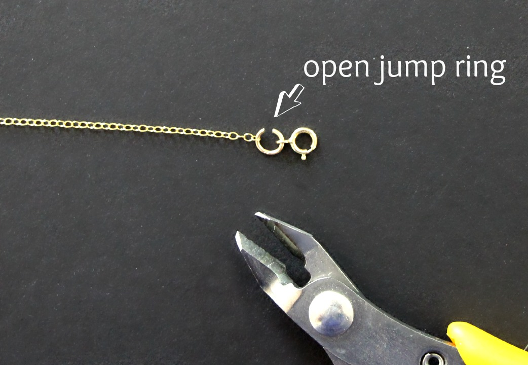 two easy ways to shorten a necklace chain yourself!
