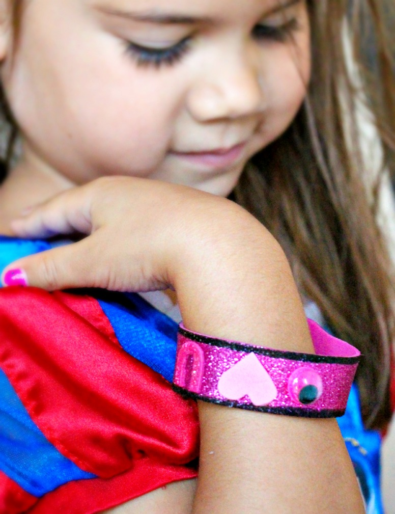 Hug-To-Go 1st Day of School Bracelet