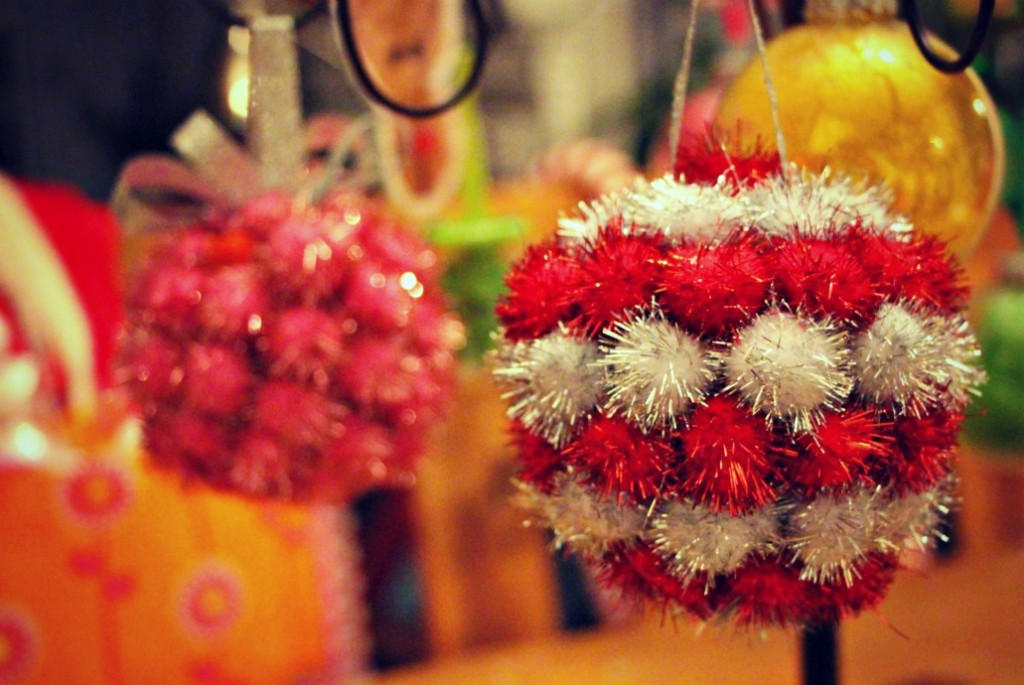 pom pom pomander ornaments