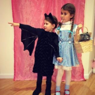 Duhnuhnuhnah…BAT GIRL!