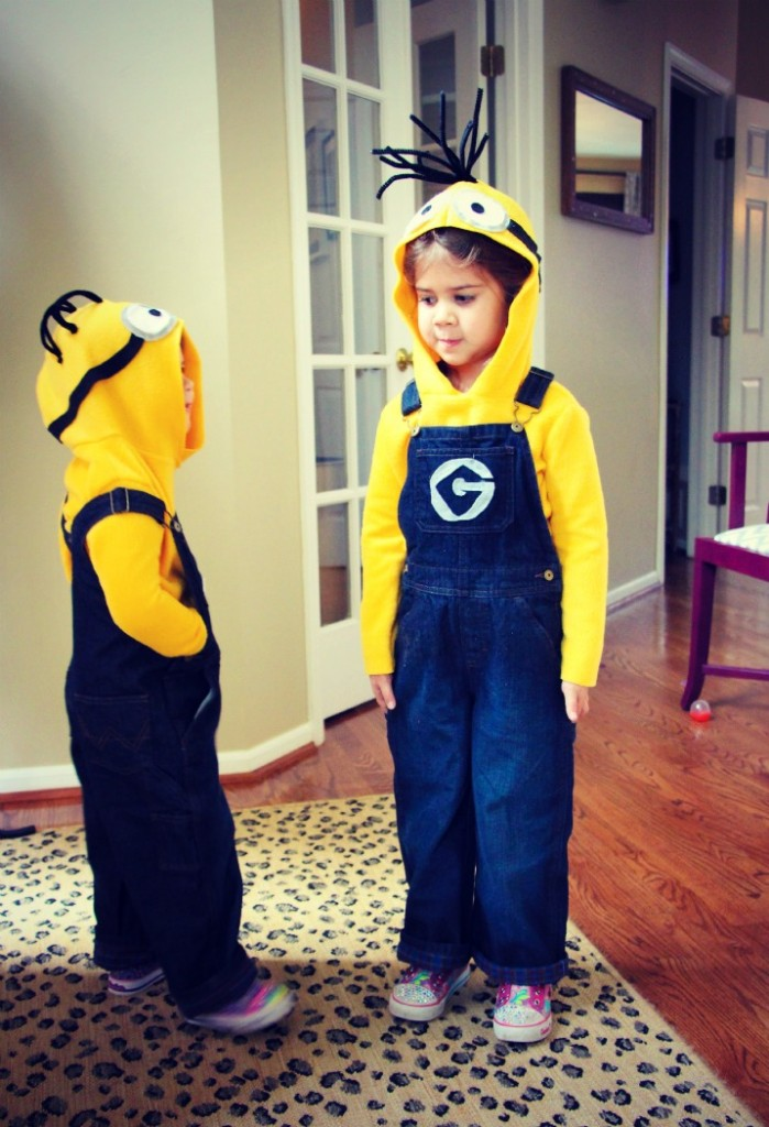 diy minion costumes by little pink monster