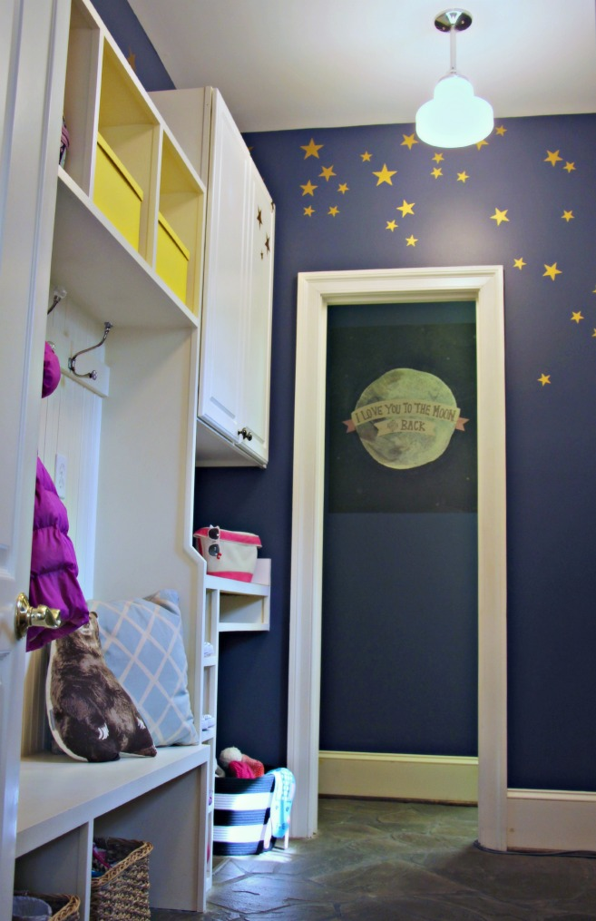 mudroom makeover:: www.littlepinkmonsters.com